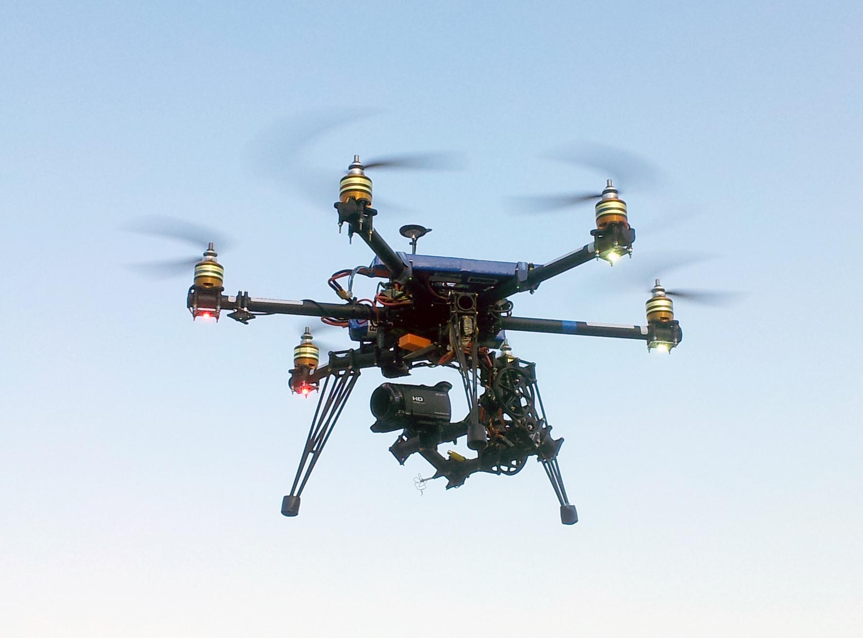 Drone pour vues aériennes